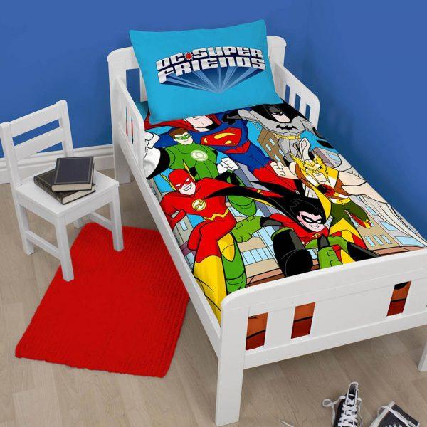 Avengers DC Super Friends Dekbed 120x150cm