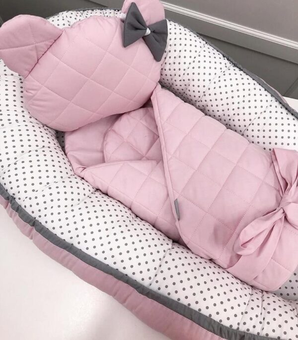 Babynestje Roze/Wit Dots Dolly